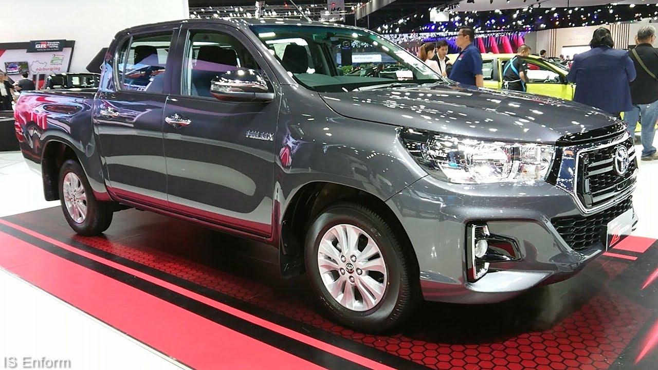 Toyota Hilux phiên bản số sàn 2.4 4X2