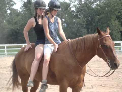 Teen riding and translation   Porno fotos)