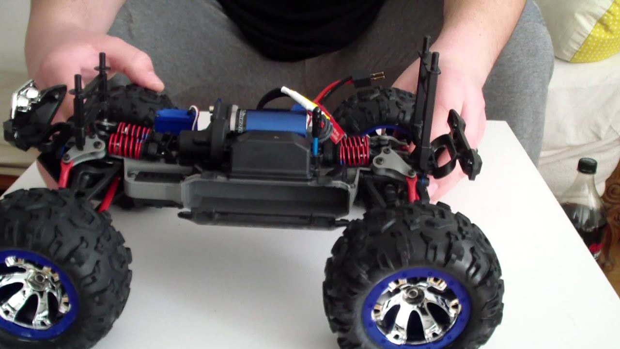 Traxxas Summit vxl 1 16 First Review with normal nihm battery and lipo 2s