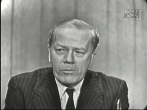What's My Line? - Cyril Ritchard; Robert Preston [panel] (Dec 22, 1957)