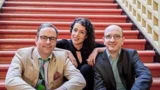 """""""Zwei Männer 3 Welten"""" – Krömer & Friends mit Nora Seeliger"""