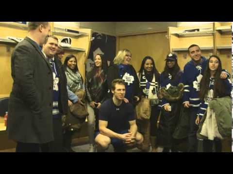 The Leaf: Dressing Room Tour