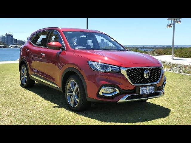 Take the new MG HS for a Zoom Test Drive