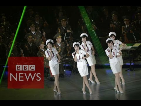 North Korea's all-female pop group, Moranbong, performin China - BBC News