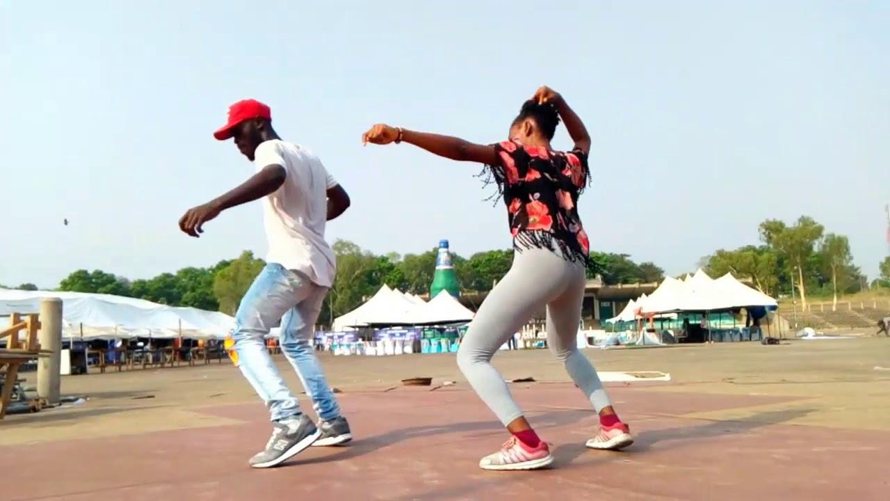 Download Reekado Banks - Easy Jeje ( Official Dance Video )