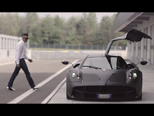 Pagani's Test Driver - The Awesomer