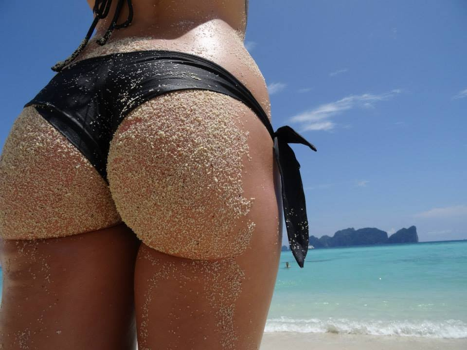 girls Big beach ass on