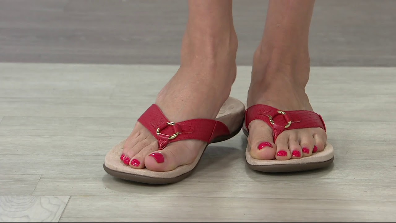 Vionic Thong Sandals with Ring Detail