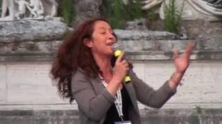Movimento 5 Stelle Taverna Ironizza su Gasparri - Sindaco di Roma