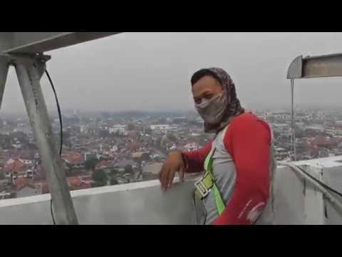 Happy Gondola Worker Bandung City Centre
