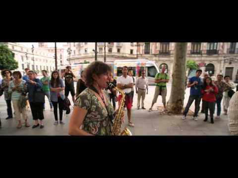 Flashmob en la Plaza Nueva de Sevilla