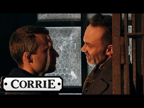 Coronation Street - Paul and Billy Kiss for the First Time