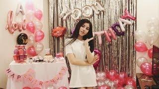Trần Ngọc Ánh tự tay làm bánh mừng sinh nhật FC và đặc biệt là món quà...