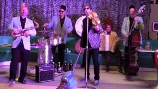 "Roll Out the Barrel! ""Beer Barrel #Polka"" by Beetbox Band. 2014 (Rosamunde / Škoda lásky)"