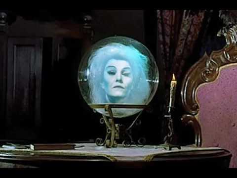 Haunted Mansion - Madame Leota Recreation