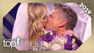 Live-Hochzeit beim Finale: Theresia überrascht Freund Thomas mit Hochzeit | GNTM 2019 | ProSieben