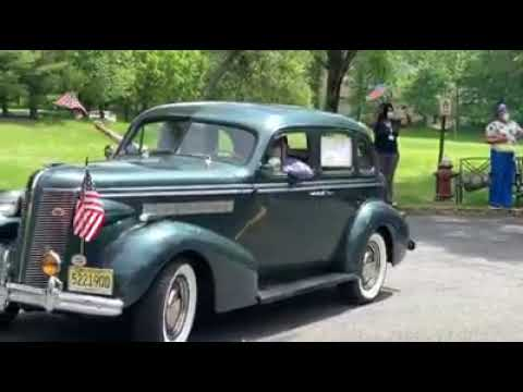More Than 100 Vehicles Join Special Memorial Day Parade For Seniors In Bergen