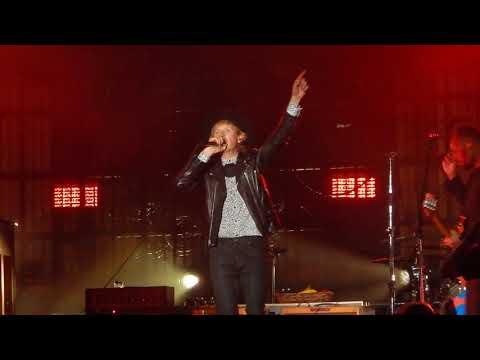 Beck - Loser [Live In Houston]
