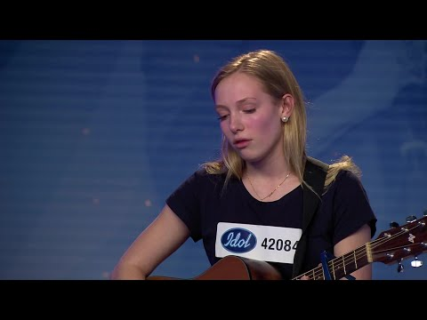 Therese Krumkuhler - Supermarket Flowers av Ed Sheeran (hela audition 2018) - Idol Sverige (TV4)