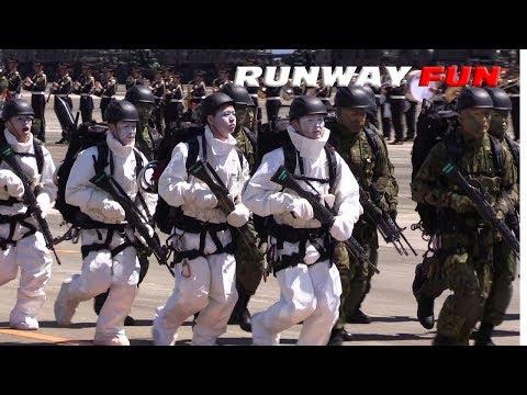 分列行進曲で最強部隊レンジャーが走る!!! 相馬原駐屯地観閲行進 JGSDF Ranger 2019