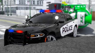 Police Car Lucas Stuck in Cement while Catching the Robber Car | Wheel City Heroes