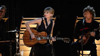 Taylor Swift - 'Red' Live Performance at CMAs 2013