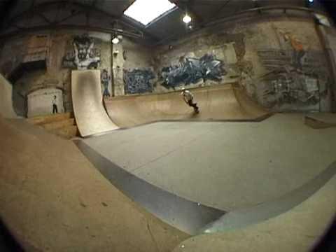 Industrie V - Le team Gamble au skatehalle de Berlin -