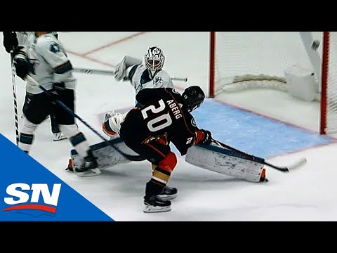 Pontus Aberg Victimizes Sharks With Toe-Drag, Inside-Out Move To Score Beauty