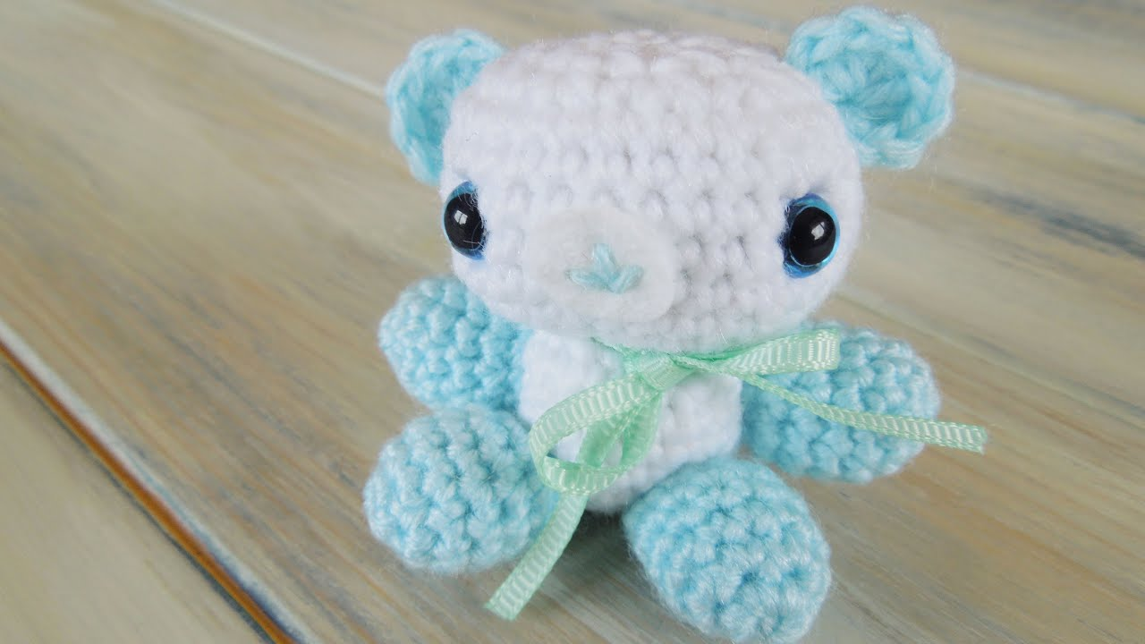 Amigurumi Baby Shower Bears : (Crochet) How To - Crochet Amigurumi Baby Shower Bears ...