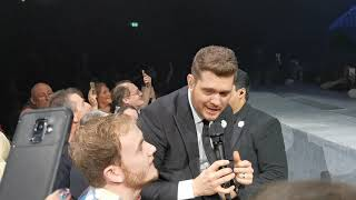 Michael Bublé with a Fan Live - Fever (Liverpool 04/12/2019)