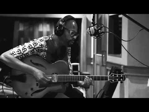 Lionel Loueke Trio, Countdown June 2018 on Newvelle Records