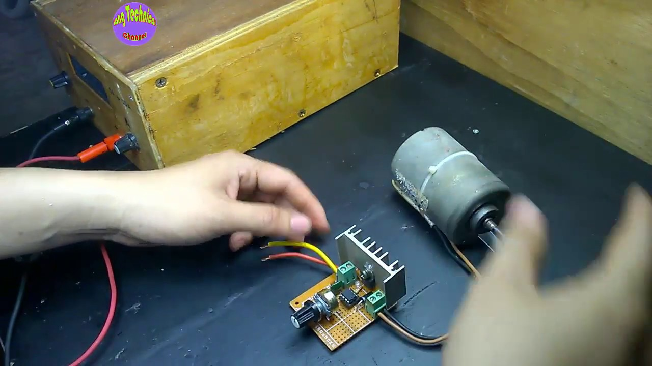 dc motor controller schematic diagram 50a dc motor speed control on hole board youtube  50a dc motor speed control on hole