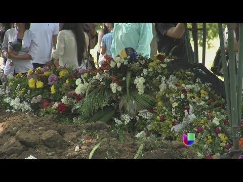 Adiós a reina de belleza venezolana baleada en protestas -- Noticiero Univisión