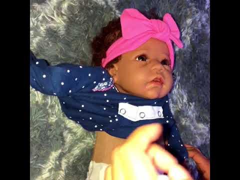 Dressing my silicone baby girl tia    ashton drake silicone baby Tasha)