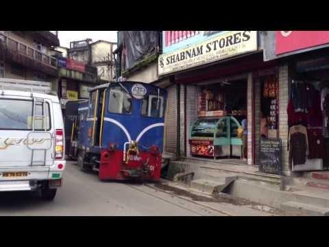 Darjeeling Himalayan Railway (Chaiyya Chaiyya - Bollywood Joint)