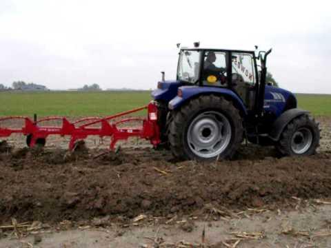 Praca 100 KM ciągnikiem rolniczym FARMTRAC 7100DT - Farmtrac