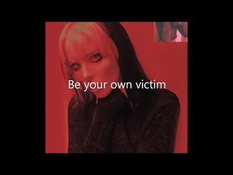 Alice Glass - Without Love lyrics