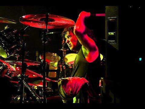SIMON WRIGHT + RIFF RAFF LIVE  AC DC TRIBUTE ROCK N'ROLL ARENA  .wmv