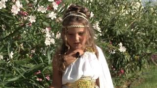 Play Fashion Junior в Греции(Изготовление: -видео заставок -промо-роликов -post production -рекламных ТВ роликов -видео клипов e-mail: maksymkosachov@gmail.com..., 2013-07-15T21:00:48.000Z)