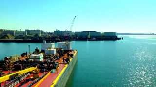 Shifting a barge from Red Hook Brooklyn to New Jersey
