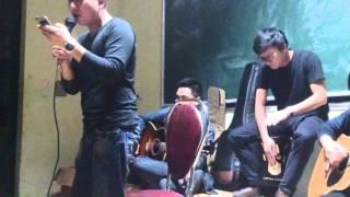 Giọt Sương Trên Mi Mắt - Club Guitar Lê Quý Đôn