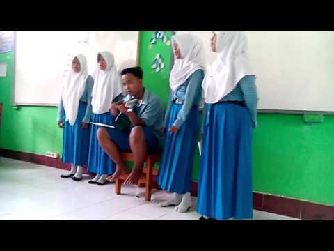 Musikalisasi Puisi Siswa Siswi SMP Negeri 4 Banjar