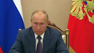 Ситуацию в сфере здравоохранения Псковской области Владимир Путин обсудил с главой региона.