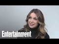 Supergirl: Melissa Benoist Does EW Ice Breakers & Emoji Impressions | Entertainment Weekly
