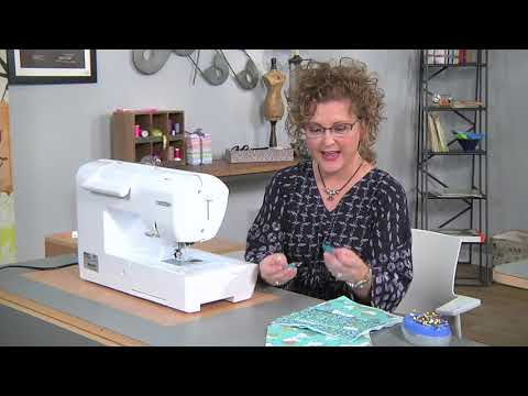 make-a-cross-body-bag-on-it's-sew-easy-with-kay-whitt-(1701-2)
