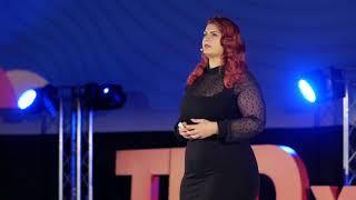 Despre acceptare, perseverență și iubire de sine | Ioana Chira | TEDxYouth@Cluj