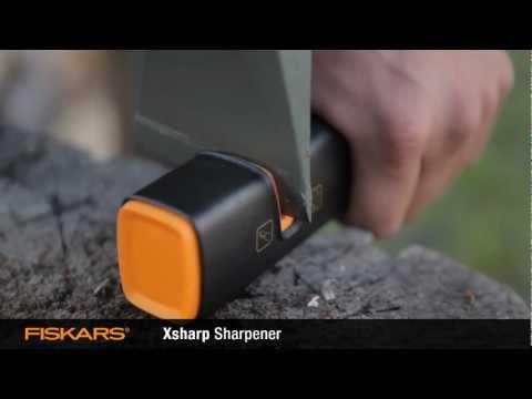 Видео обзор: Садовый инструмент FISKARS Точилка для топоров и ножей FISKARS Xsharp (120740)