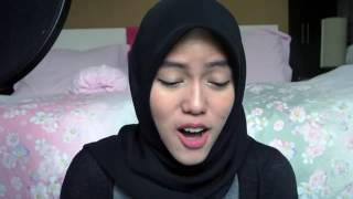 فتاة مسلمة و محجبة تغني اغنية بلاك بينك (رابط قناتهة بالواصف)