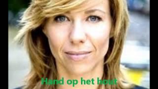 Hand op het hout  Claudia de Breij