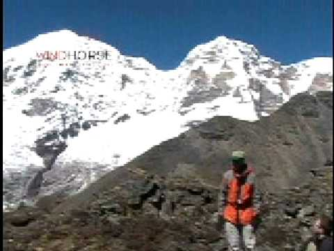 Chomolhari or Jomolhari Snow Leopard Trek - trekking in Bhutan
